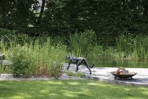Eine Gartenskulptur