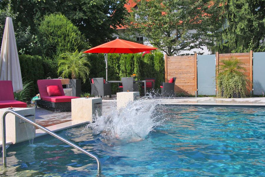 Biotop living pool berliner g rten g rten f r berlin for Pool im angebot