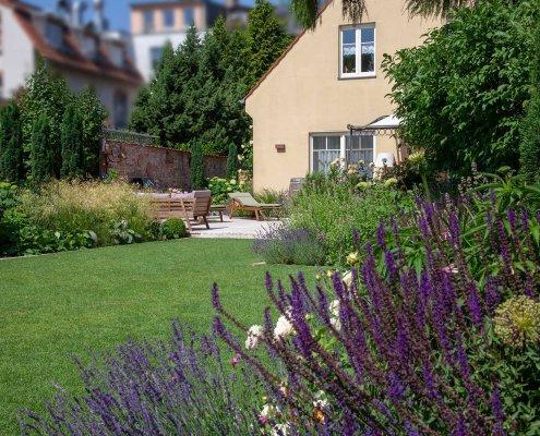 Gartenplanung Pflanzen im Garten